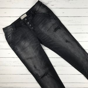 Free People Distressed Ankle Jeans Size 8
